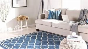 tapis du style et des couleurs pour votre deco westwing With tapis couloir avec canapé convertible bleu