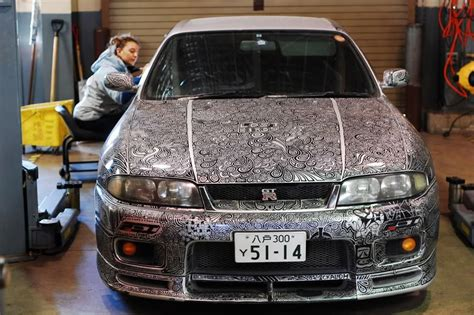 Artist Uses Sharpie To Give Nissan Skyline Gtr One Of A