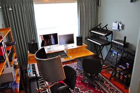 Home Recording Studio : Building A Home Recording Studio For Under $,