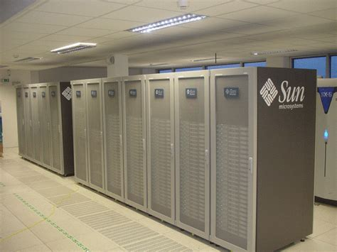 Lielākais un mazākais Linux serveris