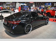 Toyota Shows three tuner Avalons in Sin City Autoblog