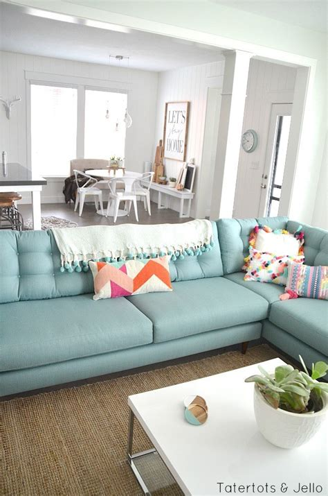 Modern Beach Farmhouse Family Room Style