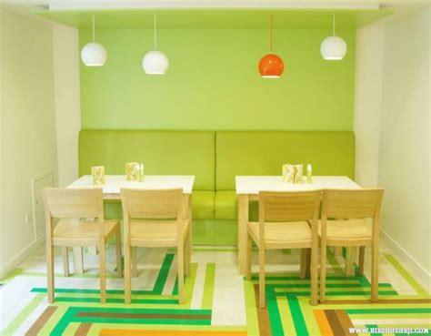 10 Relaxing Green Dining Room Interior Design Ideas