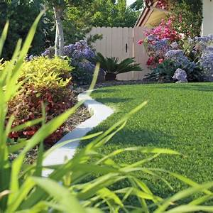Aspirateur Pour Gazon Synthétique : pose gazon synth tique et pelouse artificielle ~ Farleysfitness.com Idées de Décoration