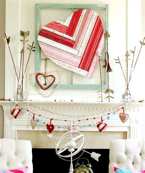 20 Gorgeous Valentine's Day Mantel Decorations   Home