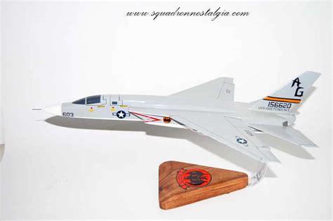 Rvah-13 Bats Ra-5c (1972) Model