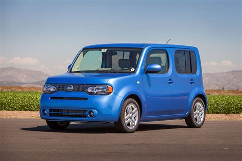 cube cars nissan cube hatchback cars com overview cars com