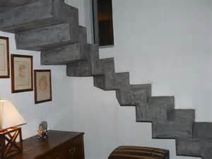 Construire Un Escalier En Béton Cellulaire by Comment R 233 Nover Un Escalier Carrel 233 Artisan En B 233 Ton