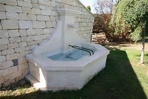Fontaine D Exterieur En Pierre : fontaine en pierre d 39 estaillades chemin e en pierre ~ Premium-room.com Idées de Décoration