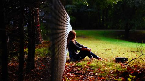 Sad Girls Crying & Sitting Alone Wallpapers