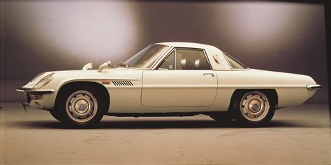 japanese sports cars mazda cosmo sport 110 japan sport cars pictures and review
