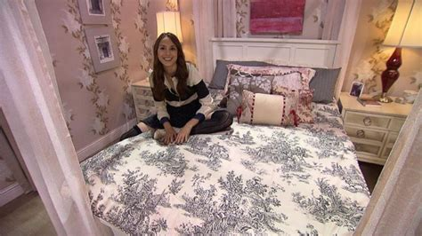 'pretty Little Liars' Star's Bedroom Tour Video
