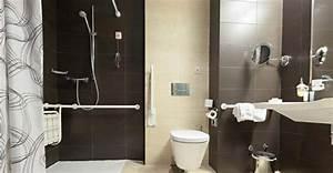 Aide Pour Amenagement Salle De Bain Personne Agée : salle de bain personnes ag es am nagement pour senior ~ Melissatoandfro.com Idées de Décoration