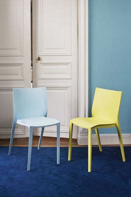 chaise empilable slick slick by philippe starck bleu xo
