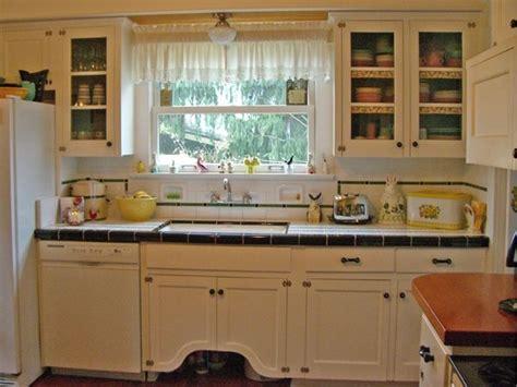 1930s kitchen sink 1930 s kitchen with tile 1930 s sink 1025