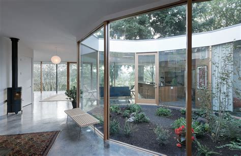 House With Courtyard by Noa Courtyard House