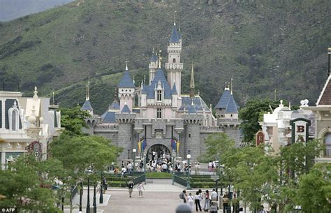 Disney to open Shanghai theme park in June 2016 | Daily ...