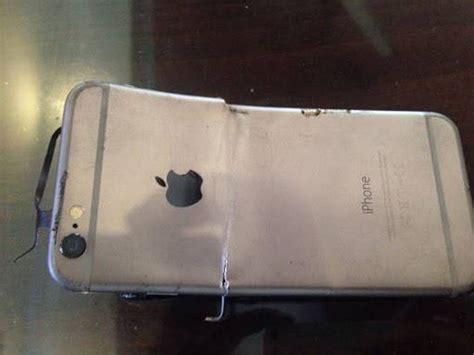 iphone blows up apple iphone 6 explodes in india no injuries to the owner