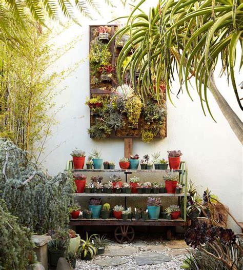 cheap backyard ideas decorate your garden in budget 7