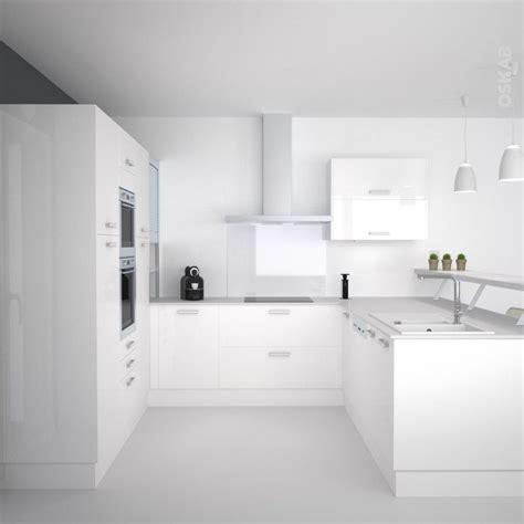 cuisine blanche et mur gris cuisine blanche moderne façade stecia blanc brillant