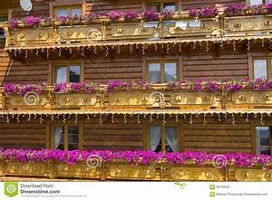 Holzhaus Preise Polen : typisches holzhaus in polen stockfoto bild von field ~ Watch28wear.com Haus und Dekorationen