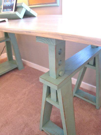 detail   diy sawhorse    horse table