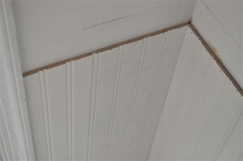 Beadboard Corners : How To Install Beadboard Wainscoting