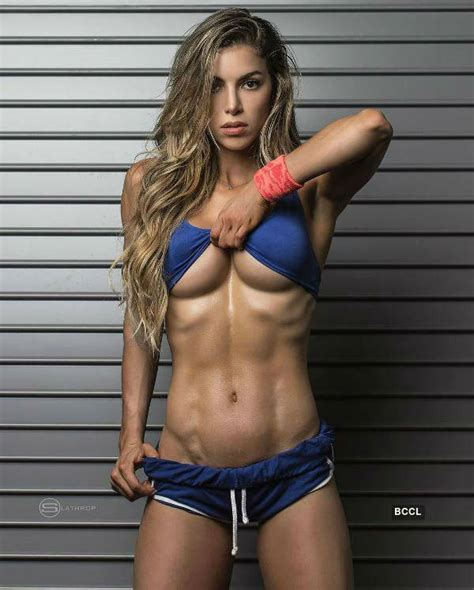fitness bikini hot hot bikini pictures of columbian fitness model anllela