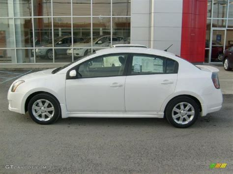 Aspen White 2011 Nissan Sentra 2 0 Sr Exterior Photo