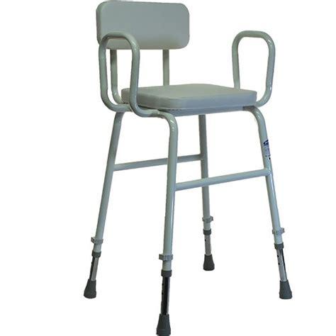 chaise handicapé chaise pour handicape 28 images chaise de pour