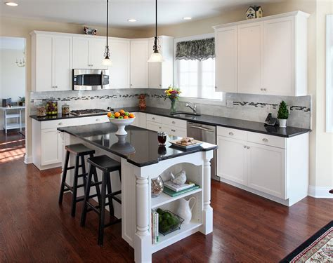 pictures of kitchen cabinets and countertops what countertop color looks best with white cabinets