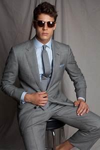 tenue costume gris chemise de ville bleu clair cravate With quelle couleur avec du gris 17 idees et photos pour tenue denfant dhonneur tenue de