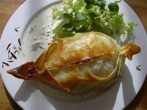 cuisiner merlan recette de papillotes croustillantes de merlan la