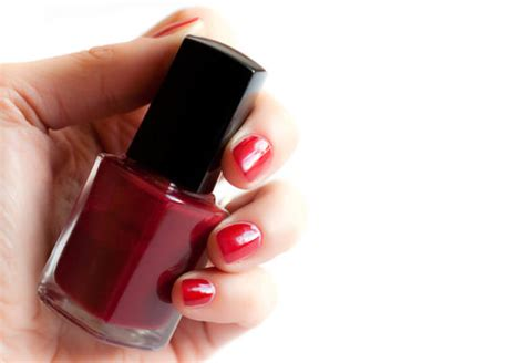 4 tips to fix your thick and clumpy nail tip junkie