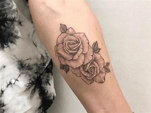 Tatouage Avant Bras Femme : tatouage rose bras couleur ~ Melissatoandfro.com Idées de Décoration