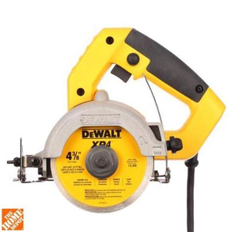 dewalt 4 3 8 in wet dry handheld tile cutter dwc860w