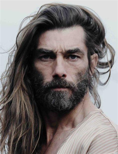 coupe de cheveux court long homme coiffures  la mode de