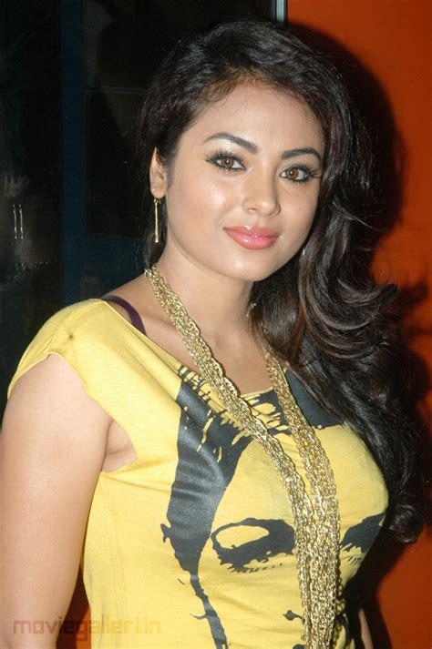 Tamil Actress Hot Photos 2012 Meenakshi Tamil Actress Hot