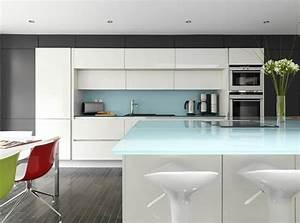 Gestaltungsideen fur moderne kuche glasruckwand archzinenet for Glasrückwand