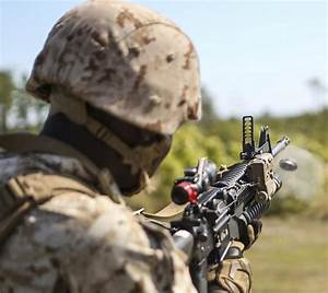 DVIDS - News - 1st Bn., 8th Marines fires 40 mm rounds for ...