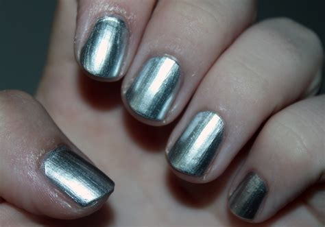 Essie No Place Like Chrome (mirror Metallics) Swatch