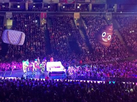 Prismatic World Tour [concert Recap