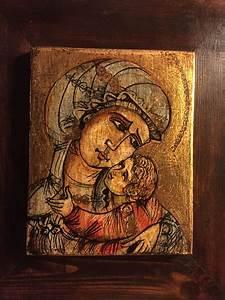 Icona Dipinta Su Legno Vecchio  Con Immagini