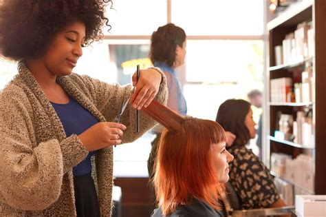 Experienced Hair Stylist by Trimming Your Salon Startup Costs