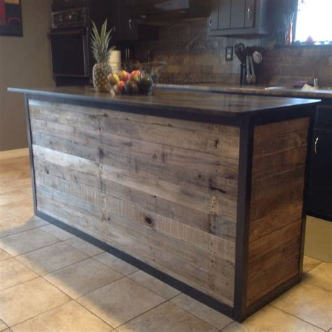 kitchen island made from reclaimed wood 1000 ideas about outdoor pallet bar on pallet