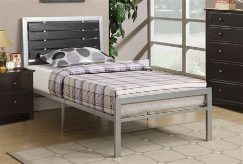 Silver Wood Twin Size Bed   Steal A Sofa Furniture Outlet