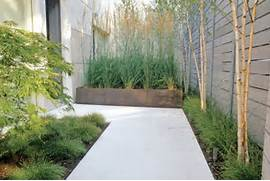 Small Minimalist Design Garden Minimalist Garden With A Mixture Of Minimalist Home Should Give