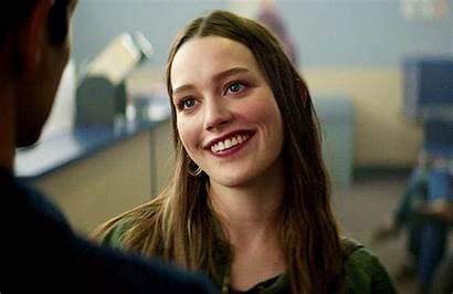 Pedretti Victoria Quinn Netflix Face Pretty Woman