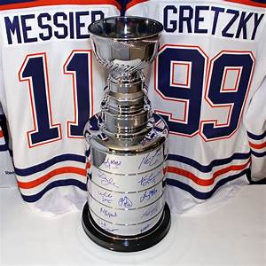 1984 Edmonton Oilers Stanley Cup Champions Team Signed 25