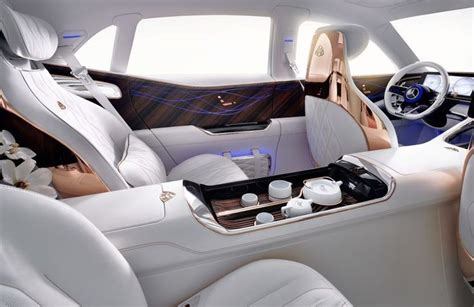 Mercedes benz unveils mercedes maybach gls luxury suv. This concept Mercedes Maybach SUV comes with a bespoke luxury tea set. The car was unveiled at ...